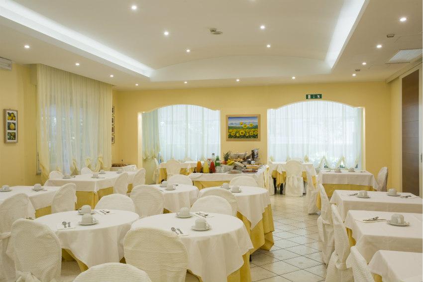 ristorante climatizzato hotel cannes riccione